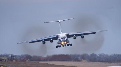 Тверской летчик сумел посадить тяжелый Ил-76, ставший вдруг неуправляемым из-за халтуры на ремонтном заводе.