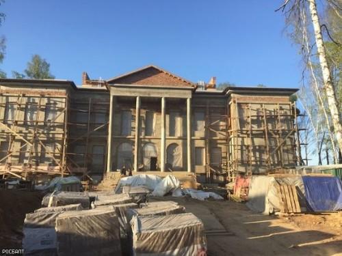 Денис Наумчев отделывал свой загородный дом элитным итальянским мрамором, стоимость каждой плитки которого превышала $60 тыс.