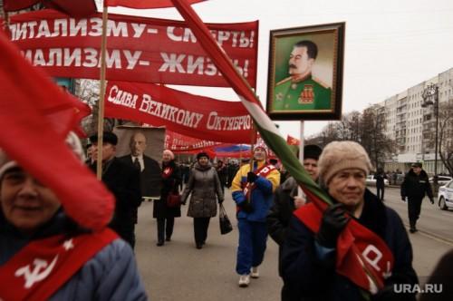 Триумф КПРФ в Иркутской области, когда губернатором стал коммунист, может обернуться для партии проблемой. Значительная часть элиты уже недовольна. Фото: Ростислав Журавлев © URA.Ru