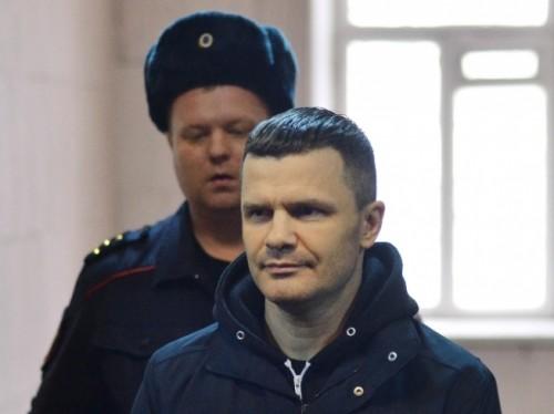 Уголовное дело, фигурантом которого оказался единственный бенефициар аэропорта Домодедово Дмитрий Каменщик, стало четвертой попыткой вернуть стратегический актив под контроль государства.