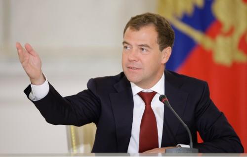 Доход Дмитрия Медведева составил 8,8 миллиона рублей