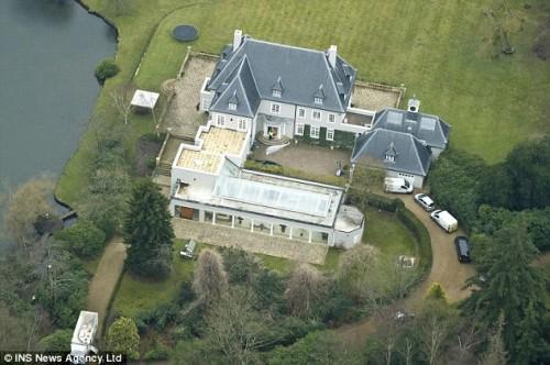 Поместье Тилнесс-Парк в Саннингхилле, графство Беркшир, принадлежащее Бешаровой,