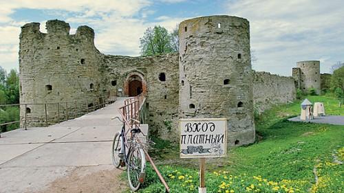 Оказалось, что крепость можно отреставрировать почти в два раза дешевле