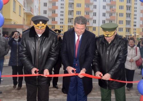 Тимур Иванов на открытие жилого микрорайона для военных в Севастополе