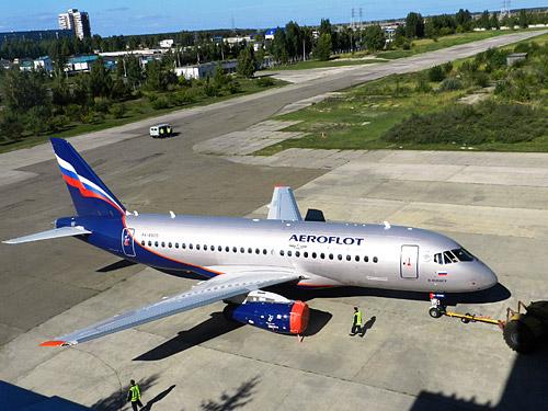 Выручка АО «Гражданские самолеты Сухого» (ГСС) по РСБУ за 2015 год выросла почти на 22%, до 35,3 млрд руб., за счет роста рублевых цен на самолеты.