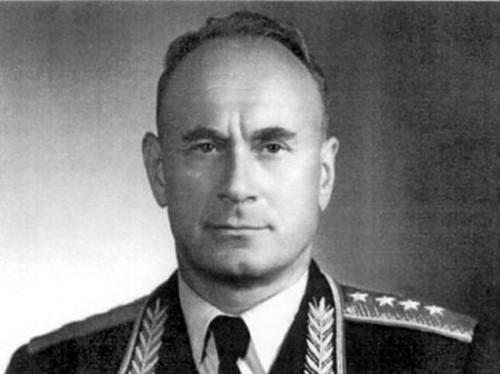 Иван Серов