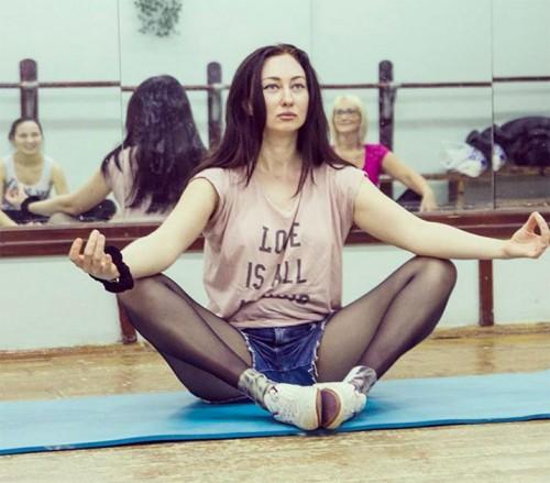 Сания Тимасова, 28-летняя уфимская модель plus-size; баллотируется по Уфимскому одномандатному округу №3 Фото: страница Сании Тимасовой «ВКонтакте»