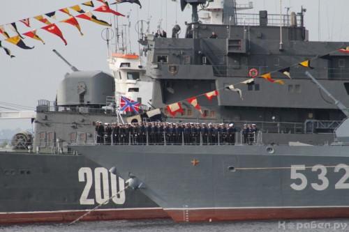 Помимо комфлота Кравчука и начштаба Попова, министр обороны уволил еще 50 адмиралов и капитанов первого ранга Балтфлота