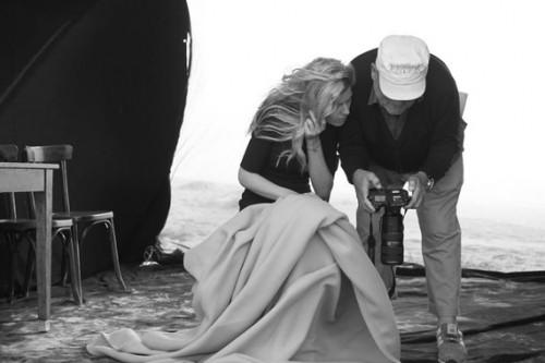 Питер Линдберг и Анастасия Игнатова на съемках календаря Pirelli-2017