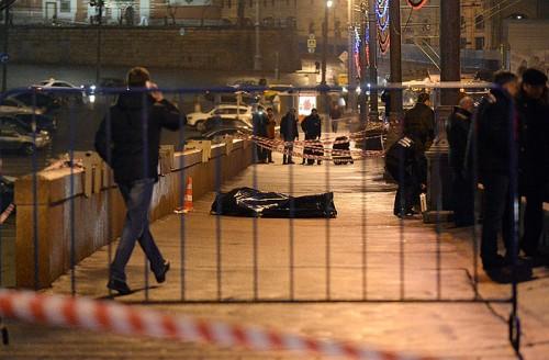 Главной уликой следствия против Анзора Губашева стала... полулитровая бутылка из-под клюквенного киселя, найденная в автомобиле, на котором передвигались предполагаемые убийцы Бориса Немцова