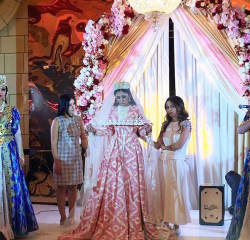 Второй день свадьбы прошел в ресторане Farsi