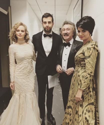 Развлекали гостей Наталья Ионова, Иван Ургант, Фарух Закиров и Нилуфар Сотиболдиева