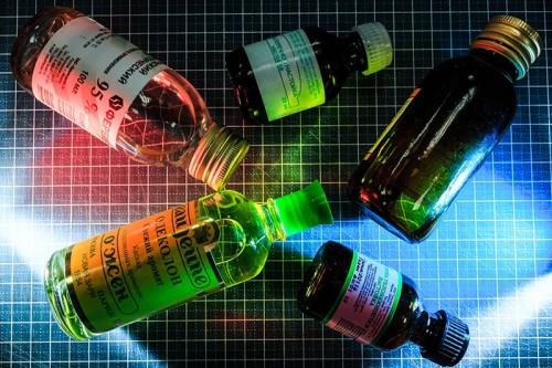 Единственным розничным каналом для лекарственных настоек являются аптеки, которые уже могут конкурировать с алкомаркетами Фото: Олег Яковлев/РБК