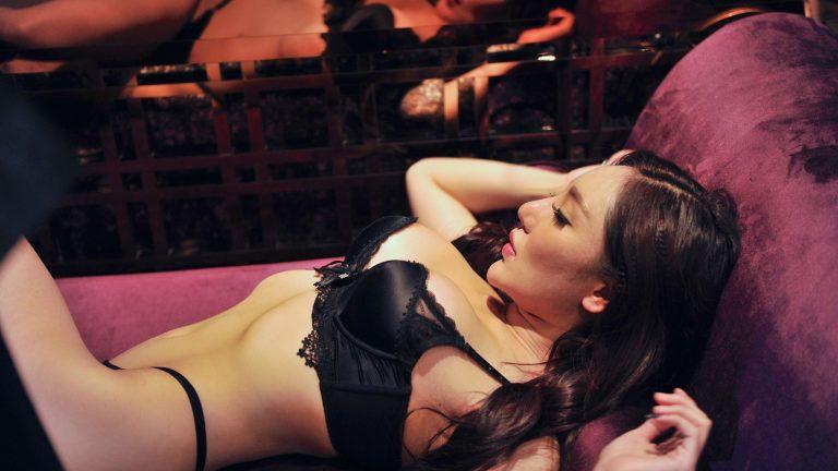 Офигенный секс в видео откровенно